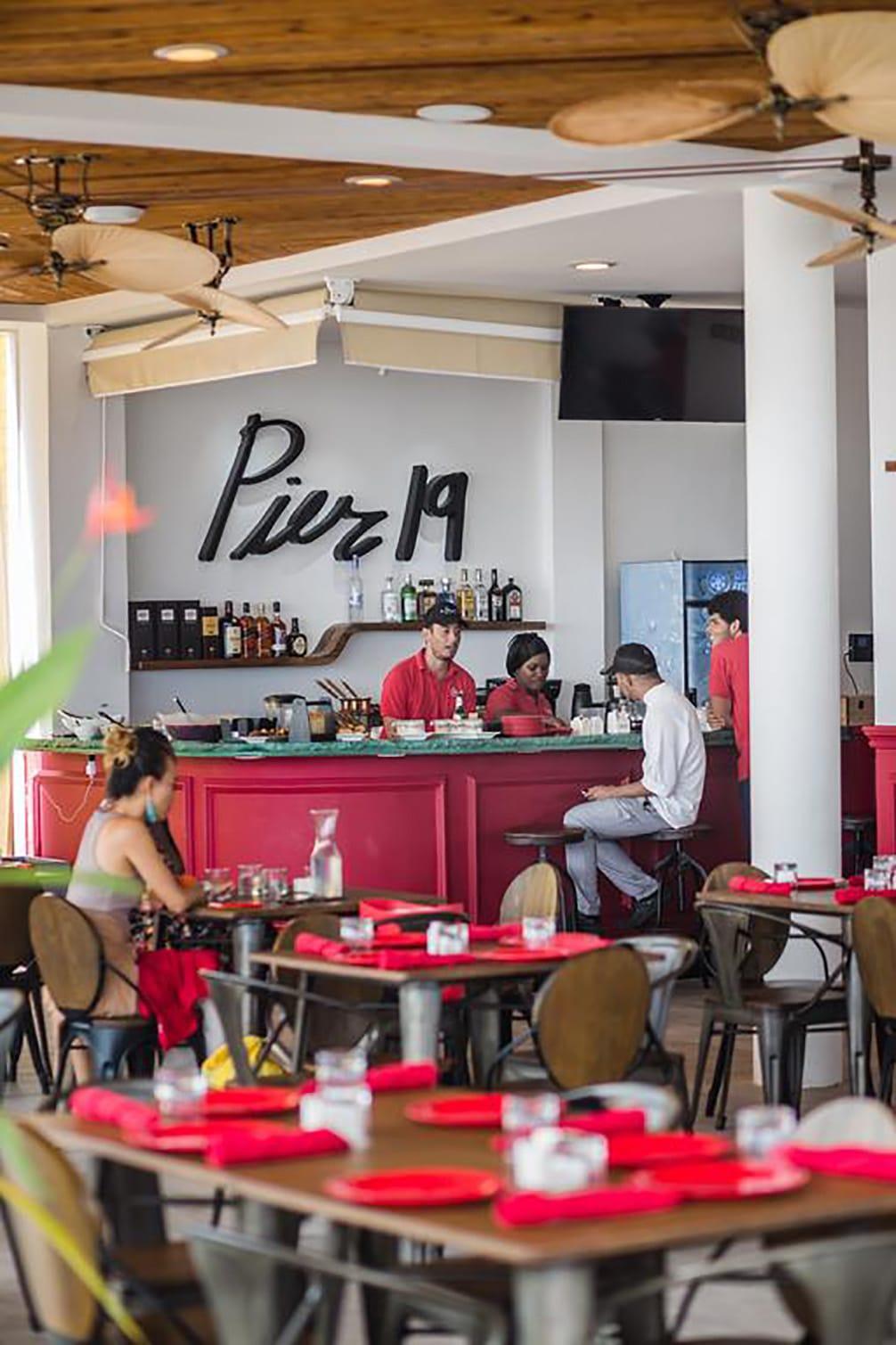 Restaurant Pier 19